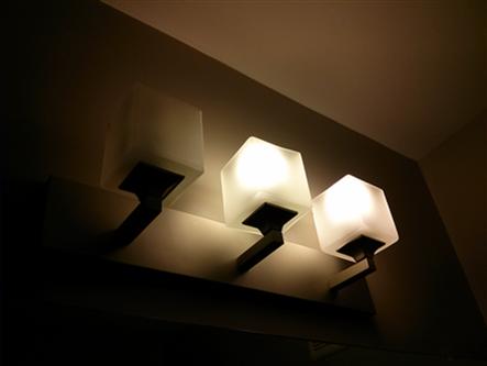 Bathroom Light Bulbs quick tip #2: cfl light bulbs | the energy trail